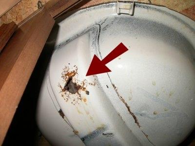 rusting-sink.jpeg