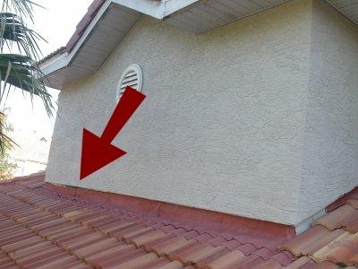 loose-wall-flashing.jpeg