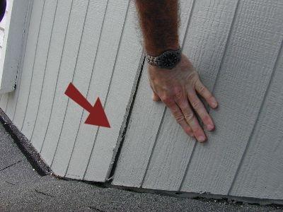 siding-loose-joint.jpeg